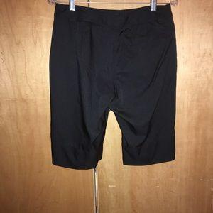 Golf Shorts women's By LIJA Size 8 EUC Black